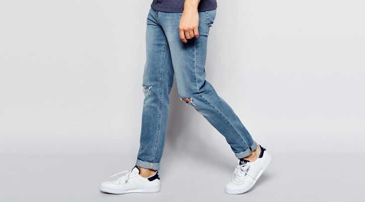 The season's best denim has been expertly beaten-up and washed for a comfortable, seasonably-appropriate fit and feel.