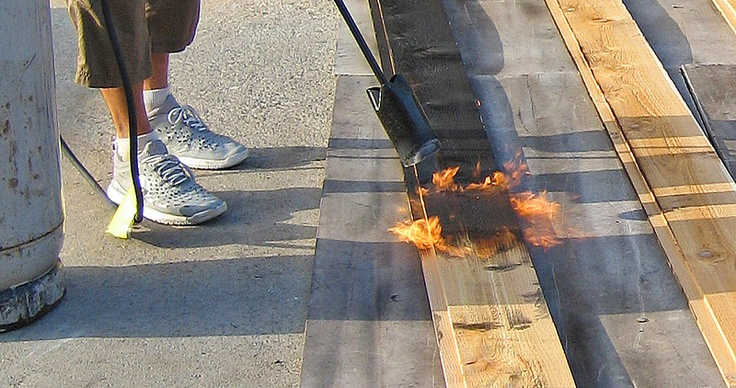 How to make shou sugi ban - burn, clean, and protect.  Oh, I want to try this so bad