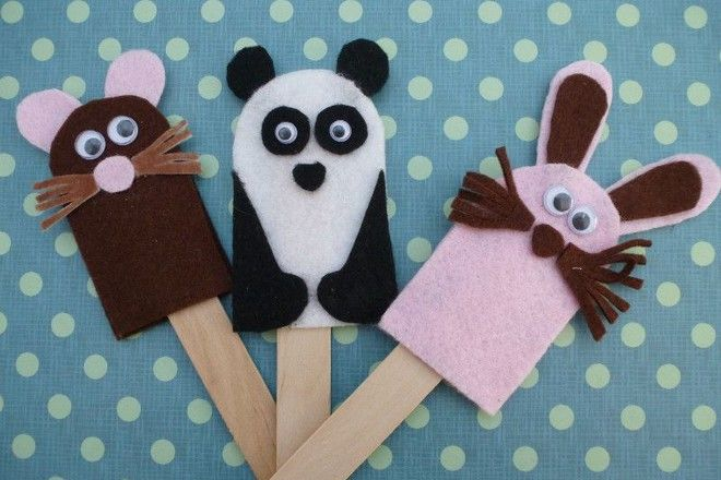 Top puppet making ideas. Some super easy and very cute ways to make puppets for imaginative play.