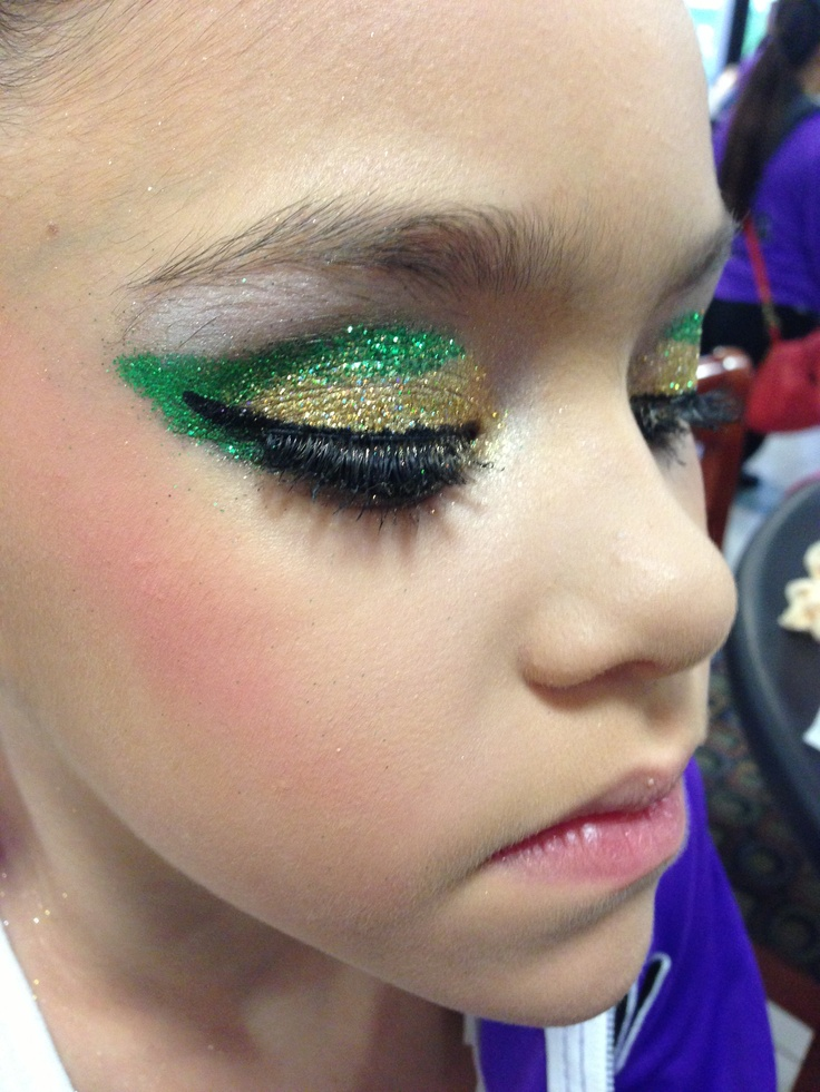 Did My Sisters Eye Makeup For Her Dance Competition