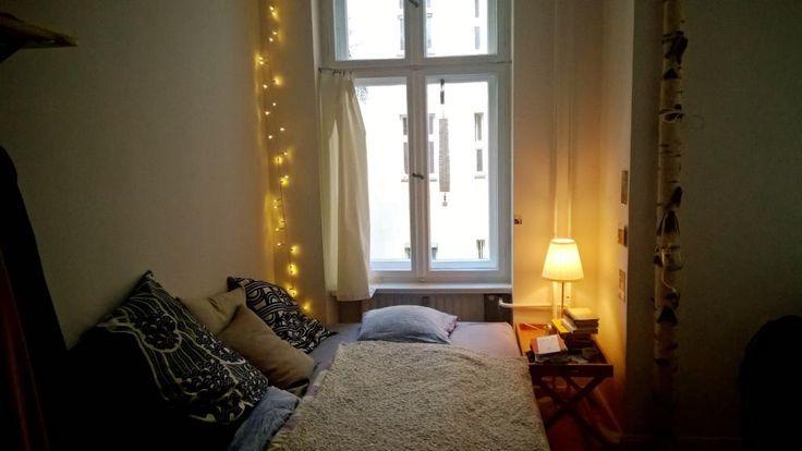 ber ideen zu schlafzimmer lichterkette auf pinterest lichterketten zimmerdekoration. Black Bedroom Furniture Sets. Home Design Ideas