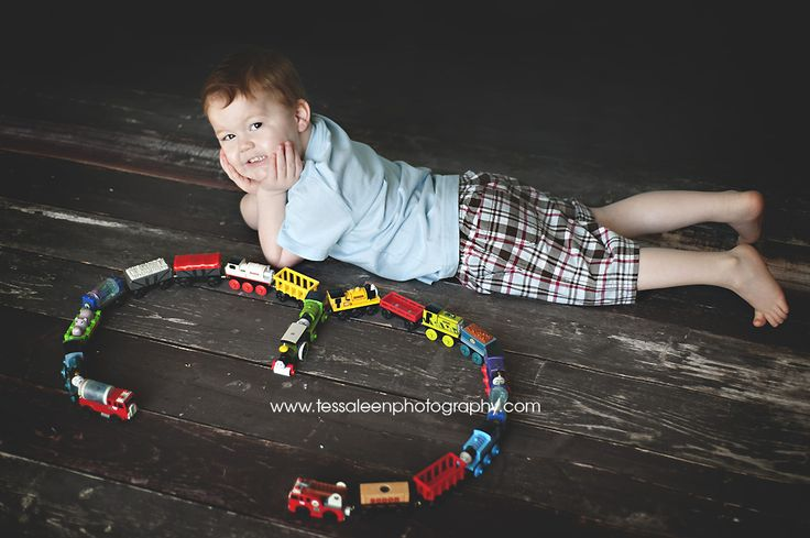 Children Photography - 3rd Birthday - Trains  Tessa Leen Photography www.tessaleenphotography.com