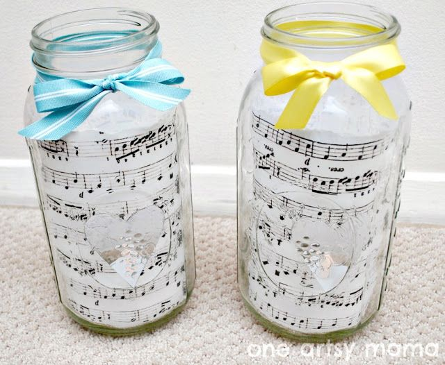 One Artsy Mama: Sheet Music and Mason Jar Centerpieces