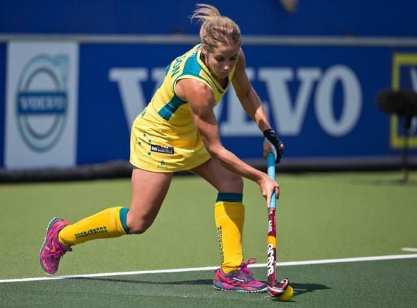 Hockeyroos - Ashleigh Nelson in full flow - Photo: Grant Treeby