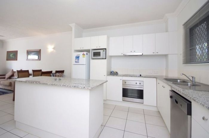 Getaway on Grafton in Cairns offers modern, spacious & fully equipped, 4 star apts... Only 2 minutes walk to the Esplanade/Muddies play ground, minutes to the city centre... http://www.fnqapartments.com/accom-getaways-on-grafton-cairns/