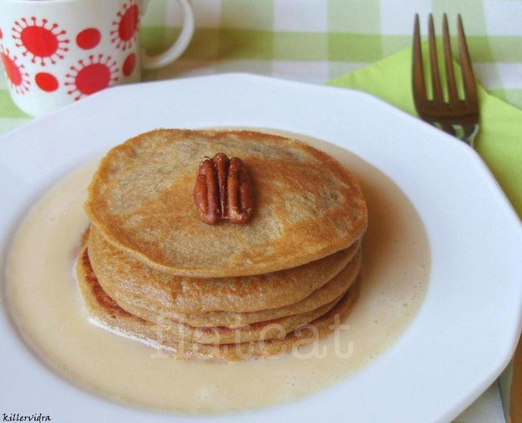 2 in 1 szülinapi reggeli: körtés-kávés palacsinta juharszirupos mascarpone krémmel