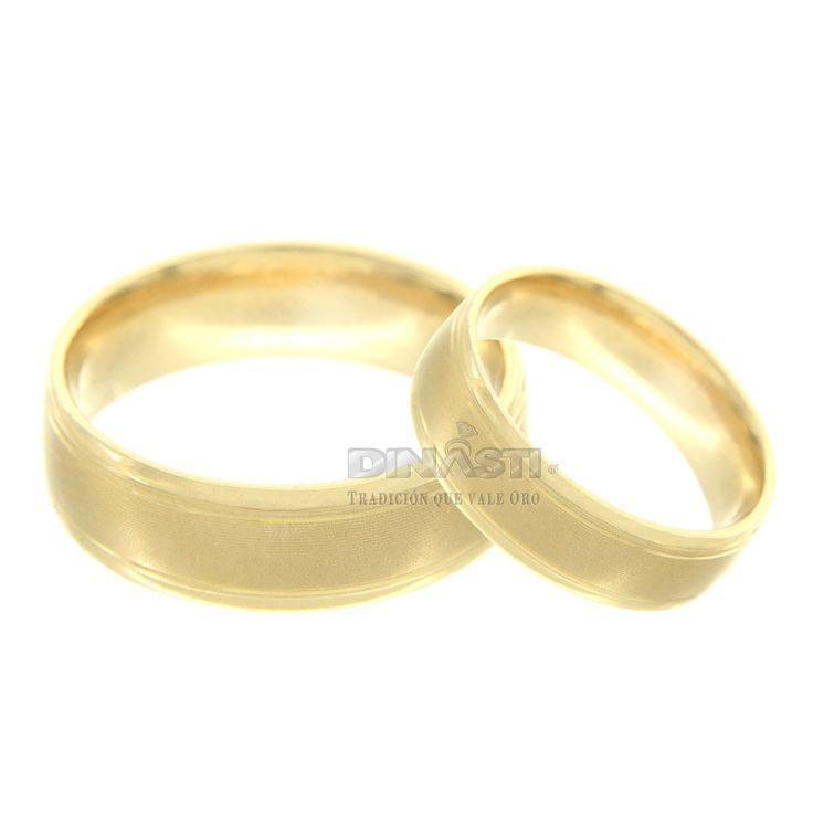 ARGOLLA CONFORT CON CINTURON MATE AL CENTRO BISELADA CON DOS ARILLOS ORO AMARILLO14 K SKU 768841 MEDIDAS DE No. 4 A 13 ENTREGA PROMEDIO DE 3 A 5 DÍAS HÁBILES DEPENDIENDO LA MEDIDA ventas@dinasti.com $8,862.55 c/u #weddingday #wedding #instalove #amor #casorio #casamento #love #marriage #married #casar #casando #weddingplanner #weddingdress #bride #rings #jewelry #women #fashion