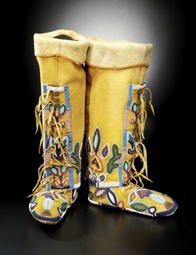 Northern Shoshone women's leggings and moccasins ca. 1910   National Museum of the American Indian
