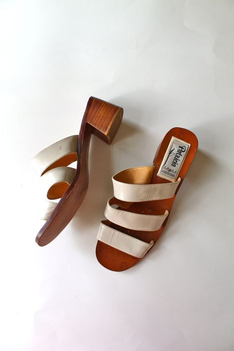 vintage leather sandals  / PATRICIA white leather & wooden mules/ sz 9-9.5 by MsTips on Etsy