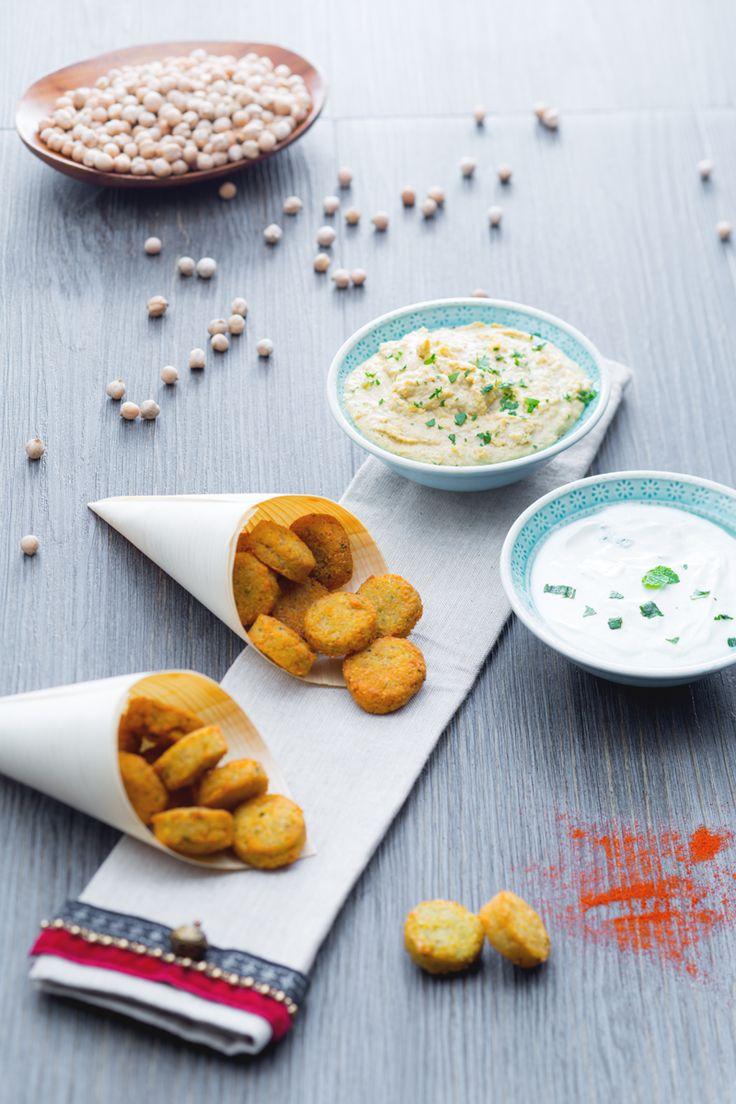 Mini #falafel con #hummus super veloce. Scopri la nostra ricetta! (Falafel with…