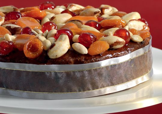 Left your Christmas Cake recipe to the last-minute? Have no fear! Check out this recipe.