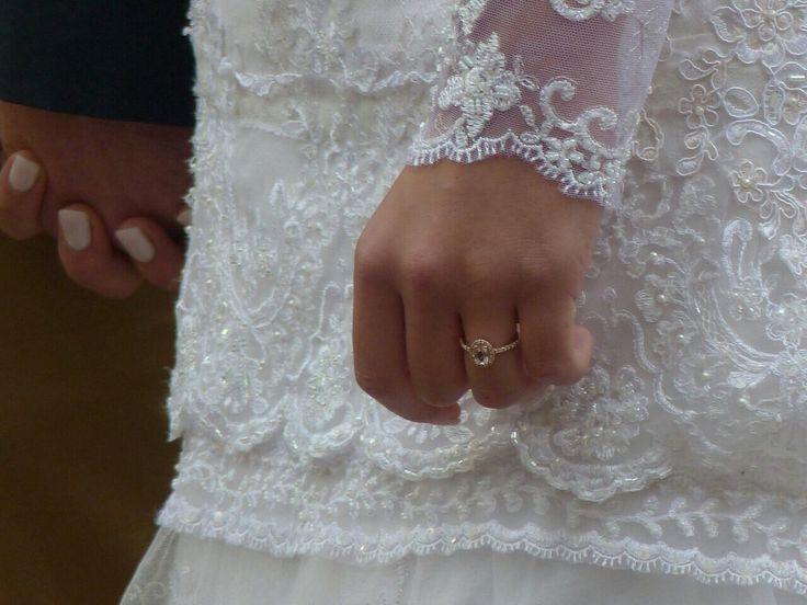 Rose gold and morganite wedding ring