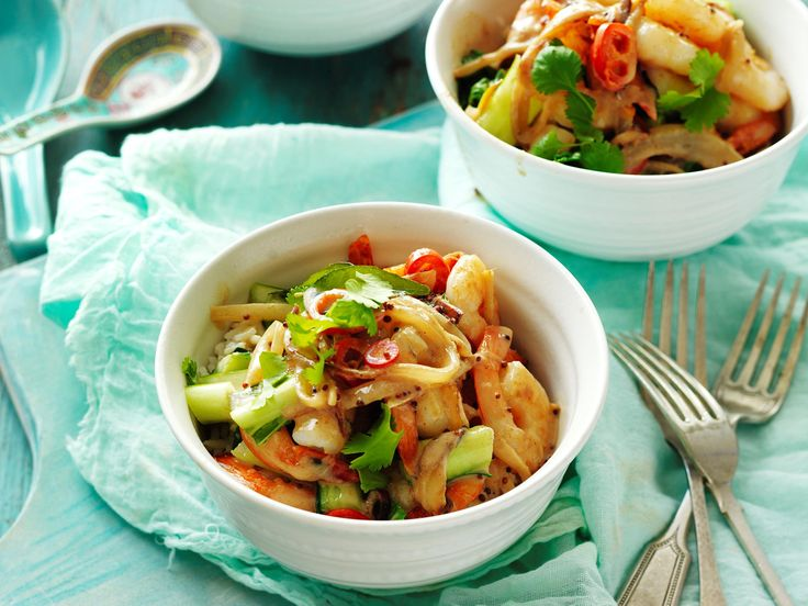 Spice up your next family dinner with this deliciously flavoursome chilli coconut prawn dish! Easy to prepare, filling, and oh-so-tasty!