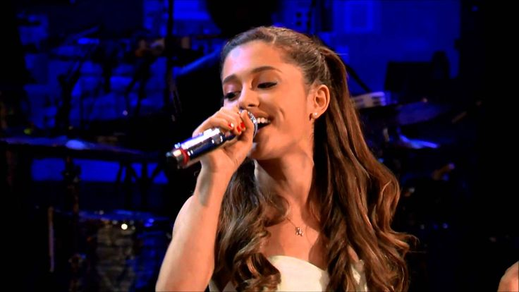 Selena Gomez vs Ariana Grande (Live Battle) who do you like>>> Like for Selena, Repin for Ariana