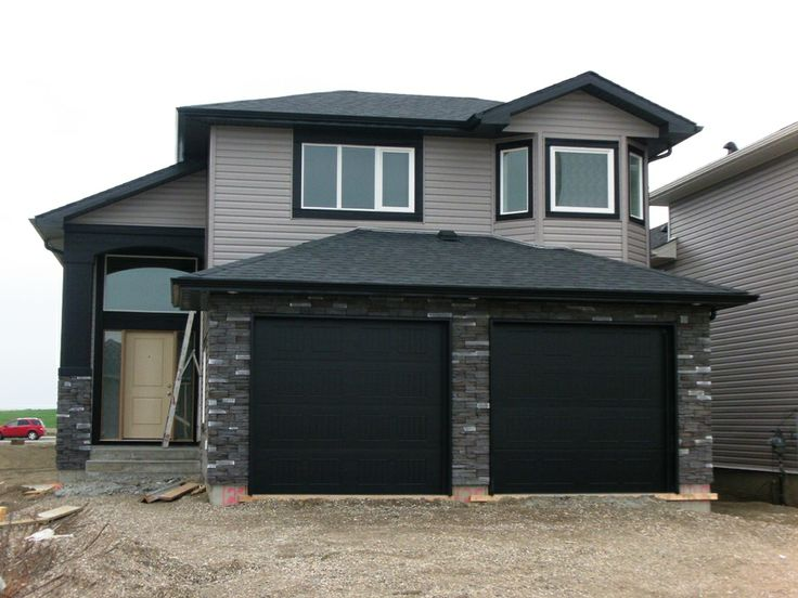 Entertainers delight - You'll love entertaining family in friends in this awesome 5 bedroom family home. Gorgeous kitchen with center island, Granite counter tops, glass tiled back splash  tiled floors. 3 full baths, easy living gathering room with hardwood floors  access door off the Kitchen to the back deck - perfect for BBQ's Large basement family room with gas fireplace  stoned feature wall, and a walk-out basement too. $429,000.00 SOLD!