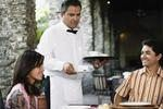 How to Greet Customers as a Waiter in an Upscale Restaurant | eHow