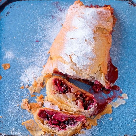 Paul Hollywood's blackberry and pear strudel recipe