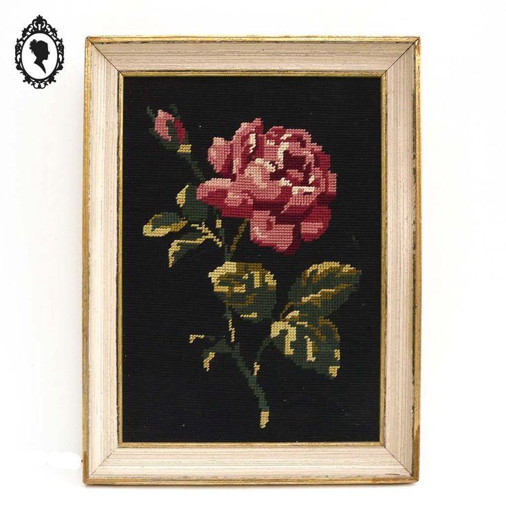Cadre doré avec tapisserie canevas de fleur rose vintage ancien année 60 à 80