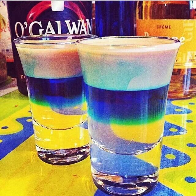 Bubblegum shot 1 oz creme de bananas 1 oz blue curacao 1 oz baileys