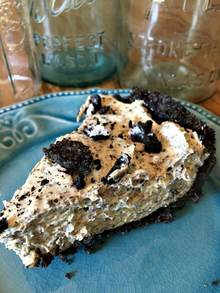 No Bake Oreo Pudding Pie Dessert, The best dessert you can make with only 5 ingredients!