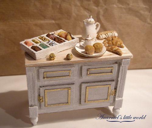Shabby white dollhouse miniatures