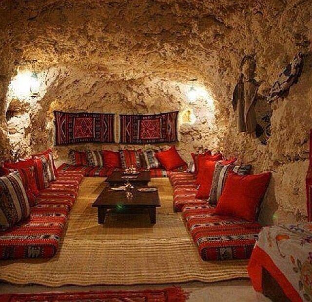Afghan style room