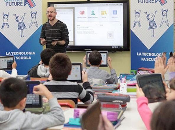 Digitale, sostegno, compiti e opinioni: ecco i gruppi più utili per i docenti, per informarsi e condividere tutto ciò che ruota intorno al mondo della scuola