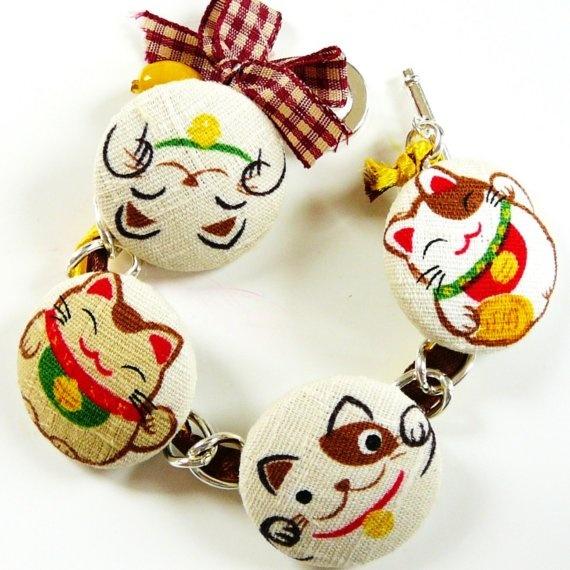 lucky neko cats charm  bracelet by Fluffington on Etsy, $23.00