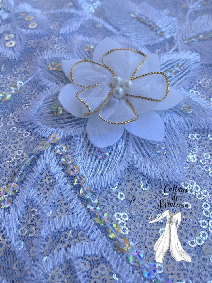 17 best images about caftans marocains collection 2016 on pinterest facebook robes and caftans - La blanche porte nouvelle collection ...