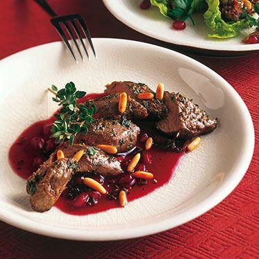 Lammfilet mit Granatapfel-Kirsch-Sauce Rezept | Küchengötter