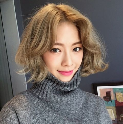 Hair goals ✔️cr: dahong.co.kr #kbeauty #koreanbeauty #hairgoals #hairstyle #hairinspiration #hairinspo #morning #instadaily #instabeauty #igers #makeup #beauty #인스타뷰티 #인스타데일리 #데일리룩 #일상 #단발 #헤어스타일 #뷰티스타그램 #메이크업 #굿모닝 #아침