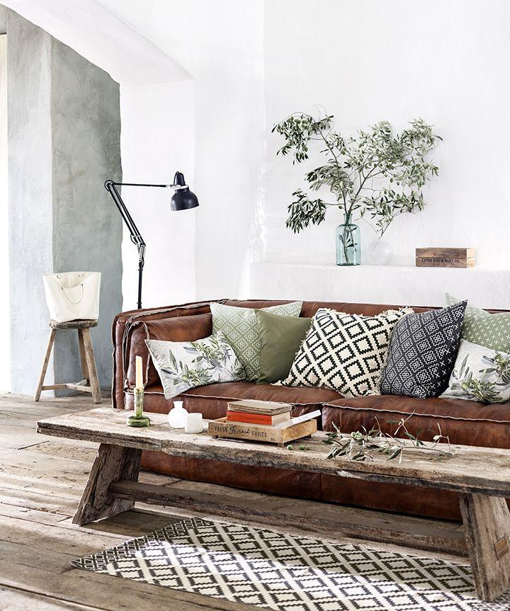 sofá marrom + couro