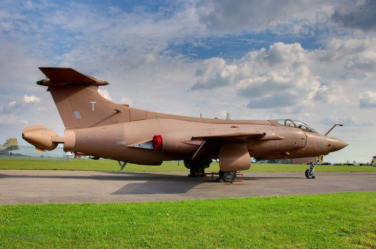 airmanisr: XX889 Blackburn Buccaneer S.2B by eLaReF