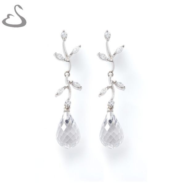 925 Sterling Silver, Cubics and Chrystal. Code: ER-136. Vera's Bridal Collection. Website: www.verasbridalcollection.co.za
