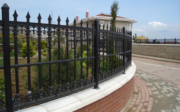 Plastik ferforje    döküm bahçe çitleri - Google Search