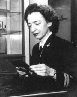 the contributions of grace hopper to the development of early computer programming Rear admiral grace murray hopper (born as grace brewster murray in new   perhaps her best-known contribution to computing was the invention of the first  compiler, the intermediate program  the a-2 compiler was the first compiler to  be used extensively, paving the way to the development of programming  languages.