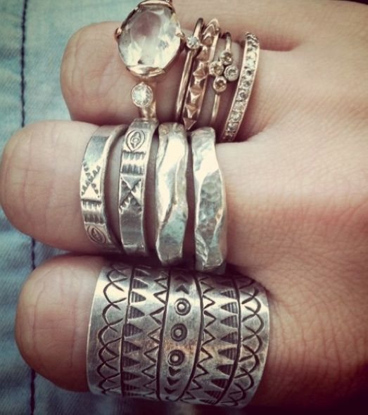 rings rings rings- love that big stone on the ring finger....!!