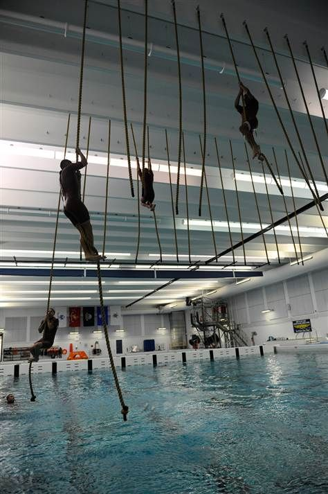 Inside the Coast Guard's rescue swimmer training program - The Daily Nightly