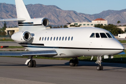 499 Private Jet Book Now Wwwflightpooling Falcon 900 Tarmac Travel