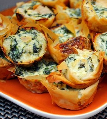 Spanakopita Bites: Greek food is always the best