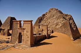 Resultado de imagem para pyramids of meroe