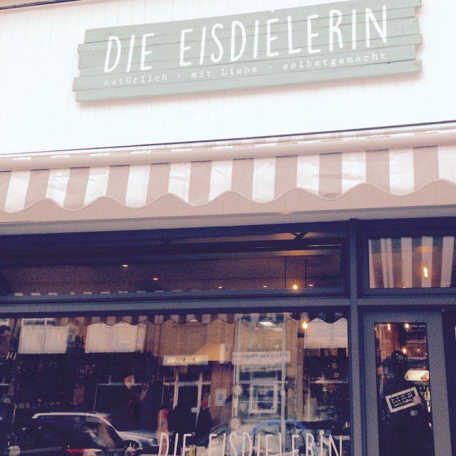 Die Eisdealerin in Köln-Ehrenfeld