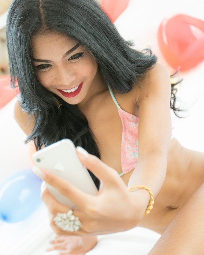 Let me take a selfie  http://ift.tt/2iCWBpm Follow us on Twitter. Link in Bio  #ladyboydream #ladyboy_dream #ladyboy #ladyboys #tgirl #tgirls #ts #transgirl #tranny #translove #trannychaser #transexual #shemale #shemales #shemalepornstar  #asian #asiants #asianshemale #crossdresser #xdresser #femboy #thailand #thai #thaigirl #thailadyboy #kathoey #newhalf #lgbt #男の娘 #伪娘