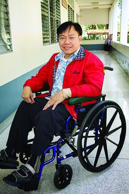 Amazing! See how one wheelchair has enabled Satit and his wife to rescue 42 children from drug trafficking, slavery, and prostitution in Thailand.