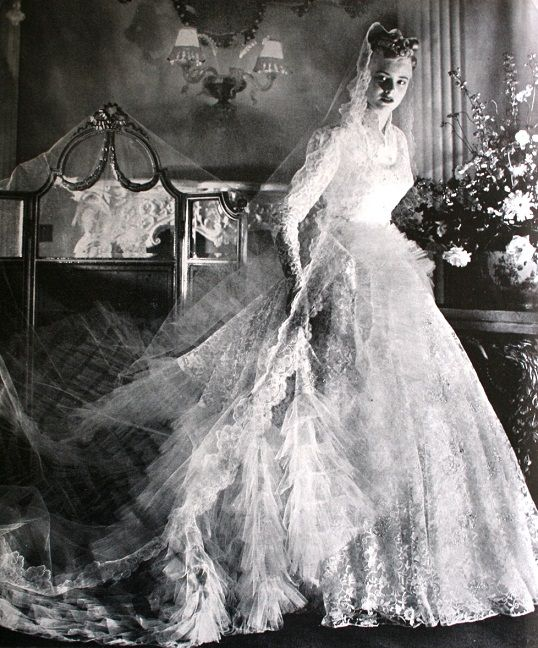 1359 Best Wedding Gowns: 1900-1999 Images On Pinterest