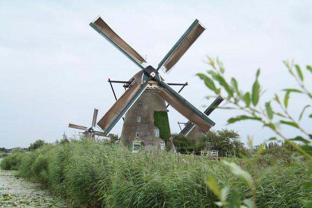 10 Cosas Que Ver En Holanda Con Niños Mamás Viajeras Holanda Viajar Con Niños Parque De Atracciones