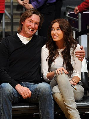 Paulina Gretzky and her famous dad
