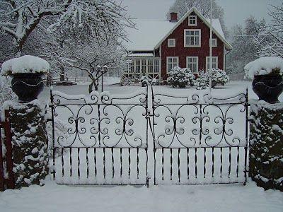 A beautiful swedish home<3