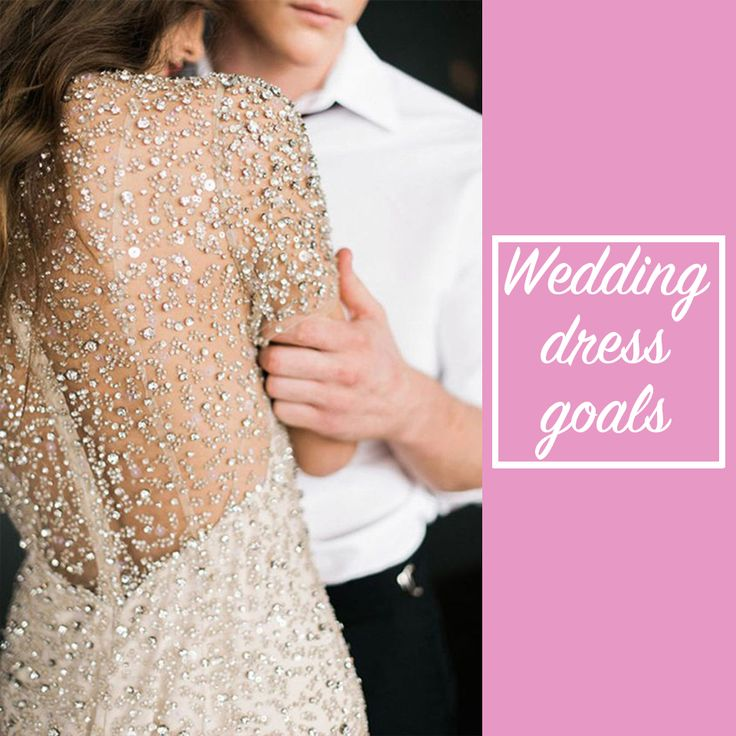 Sparkle back detailing on a wedding dress?! We're all over it! ✨ 🙌