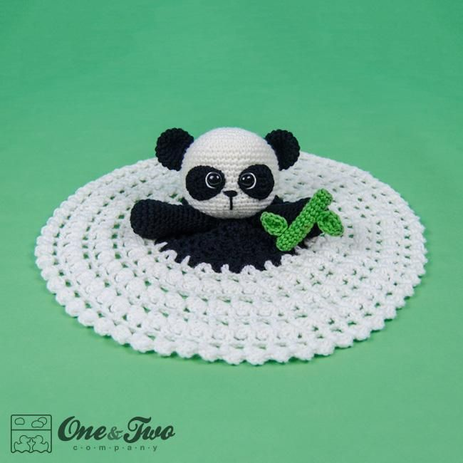 (4) Name: 'Crocheting : Zhen the Panda Lovey /  Blanket